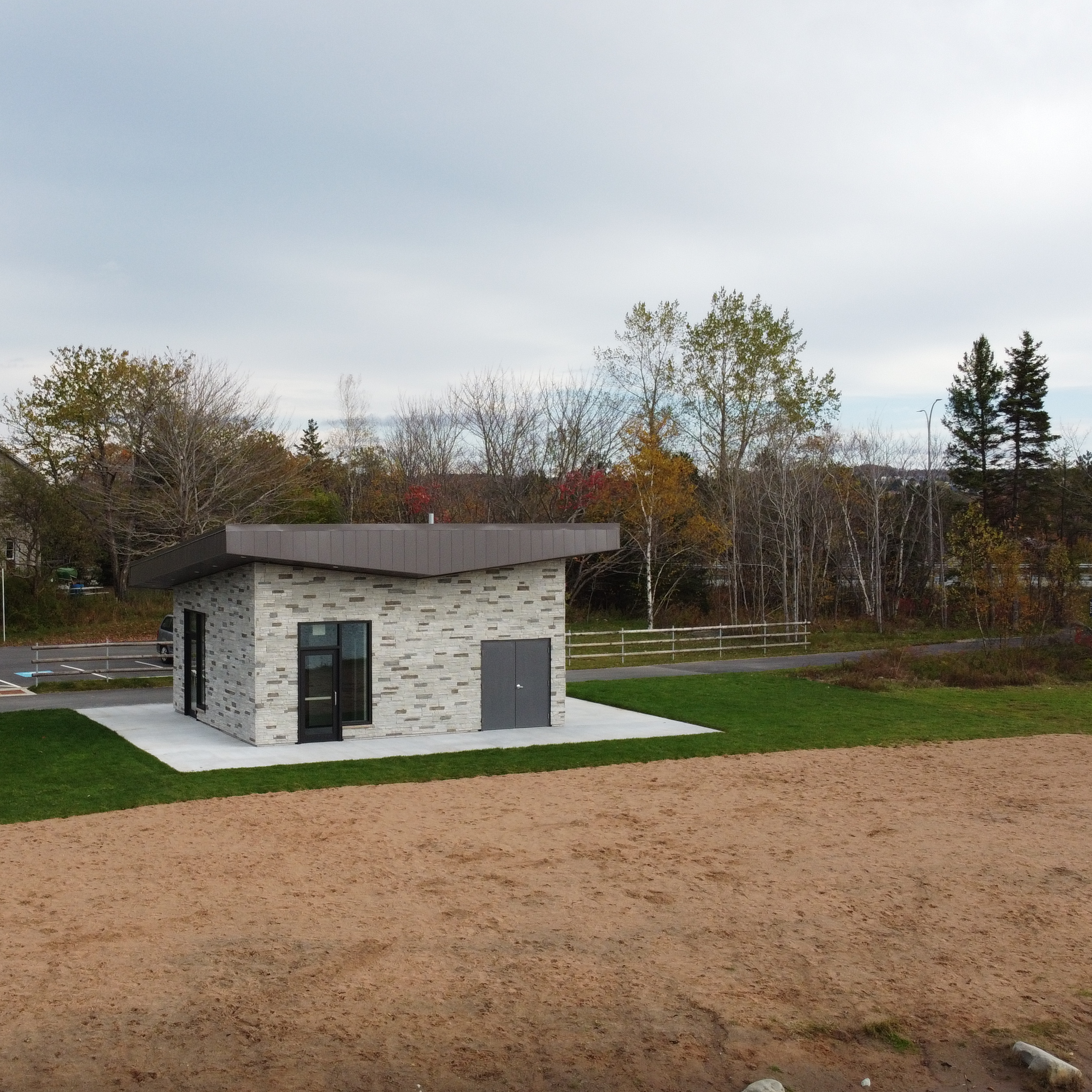 Penhorn Lake Washroom